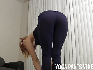 I feel so hawt in my taut darksome yoga panties joi