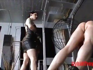 Dominatrix-bitch cruelly thongs buns of undressed gay villein
