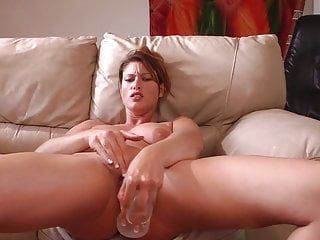 Biggest sex-toy makes her squirt