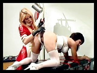 Nurse sticking tubes up beauties gazoo