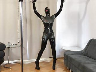 Bupshi - latex pony beauty training