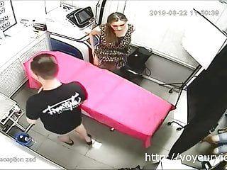 Milf receives her snatch pierced