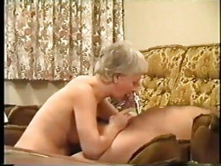 Astonishing oral-sex by older woman