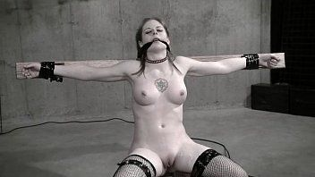 Wasteland slavery sex clip - hot dominatrix-bitch in white latex pt. two