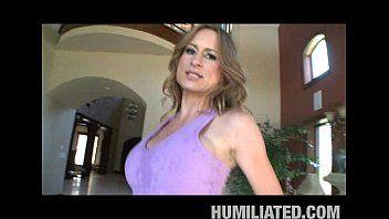 Stripper pole mamma hottie west
