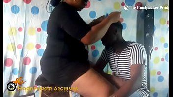 Hawt bbw south ebony hair stylist group-fucked in her shop by bbc.