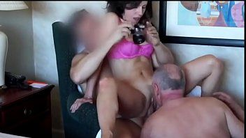 Cuckold ambisexual 3some
