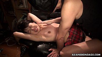 Fascinating momo sakata is groaning whilst getting fingerfucked