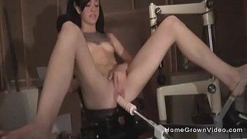 Juliette ebon uses sex machines and sucks dong