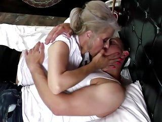 Hawt granny takes youthful schlong in unshaved snatch