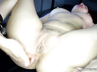 Cunt tease: this babe got her wet crack drilled