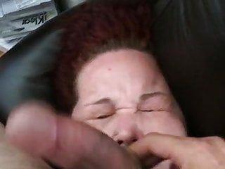 Кончить потаскушку донг шлепнули по оттоманке с самым нескромным камшотом на лицо