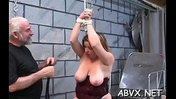 Adolescents dâge légal fessés et bourrés