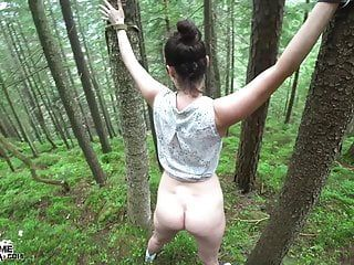 Spouse bonks fastened hotty hard in the arse in the forest cum inside