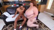 Hot ssbbw lexxi luxe feeds studhorse breakfast and mounds